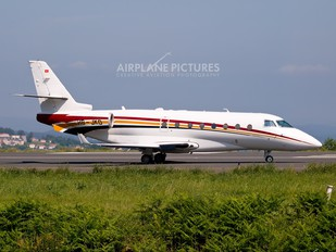 HB-JKD - Nomad Aviation Gulfstream Aerospace G200