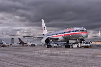 N188AN - American Airlines Boeing 757-200