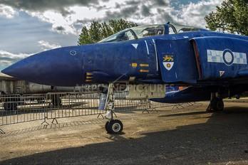 XT899 - Royal Air Force McDonnell Douglas F-4M Phantom FGR.2