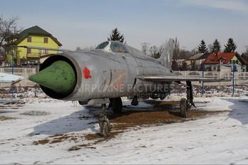 1702 - Poland - Air Force Mikoyan-Gurevich MiG-21PF
