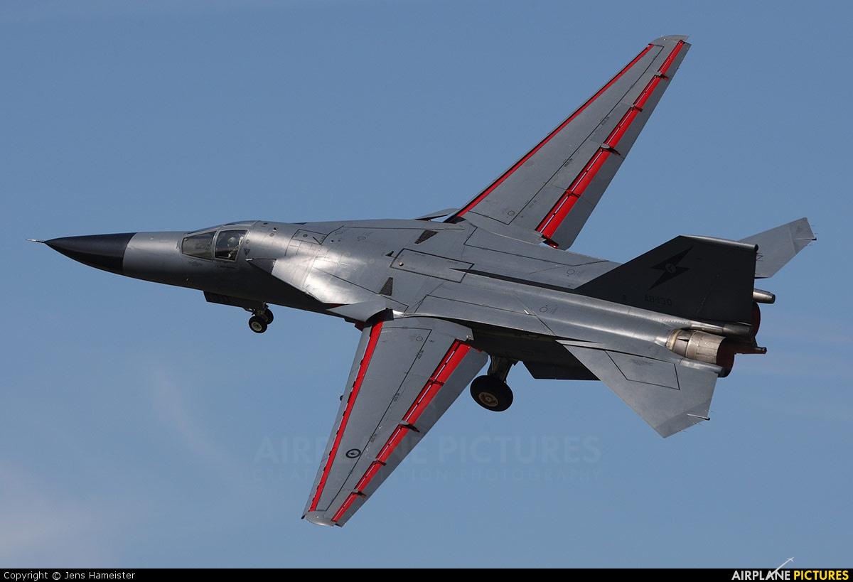 A8-130 - Australia - Air Force General Dynamics F-111C