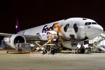 N850FD - FedEx Federal Express Boeing 777F