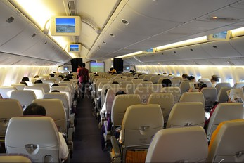 HS-TJF - Thai Airways Boeing 777-200