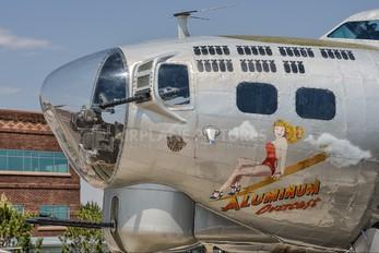 N5017N - Experimental Aircraft Association Boeing B-17G Flying Fortress