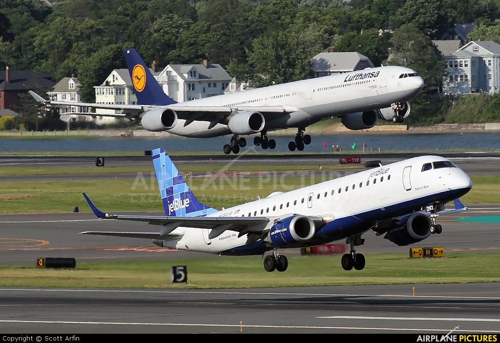 JetBlue Airways N283JB aircraft at Boston - General Edward Lawrence Logan Intl
