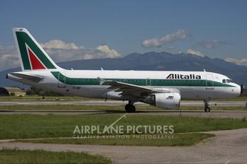 EI-IMF - Alitalia Airbus A319