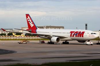 PT-MYS - TAM Airbus A330-300