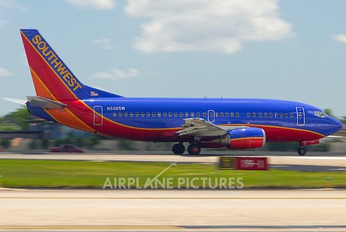N506SW - Southwest Airlines Boeing 737-500