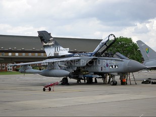 ZA398 - Royal Air Force Panavia Tornado GR.4 / 4A