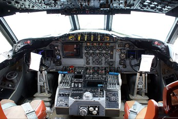 163290 - USA - Navy Lockheed P-3C Orion