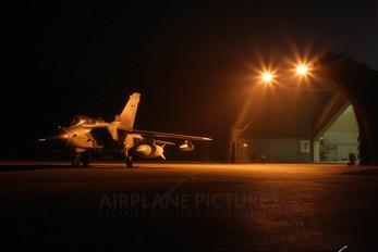 ZA541 - Royal Air Force Panavia Tornado GR.4 / 4A
