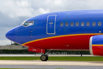 N503SW - Southwest Airlines Boeing 737-500