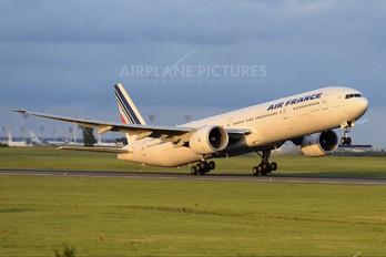 F-GSQX - Air France Boeing 777-300ER