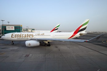 A6-EAG - Emirates Airlines Airbus A330-200