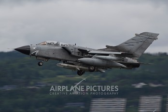 MM7051 - Italy - Air Force Panavia Tornado - ECR