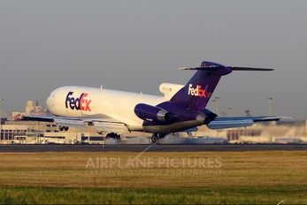 N207FE - FedEx Federal Express Boeing 727-200F (Adv)