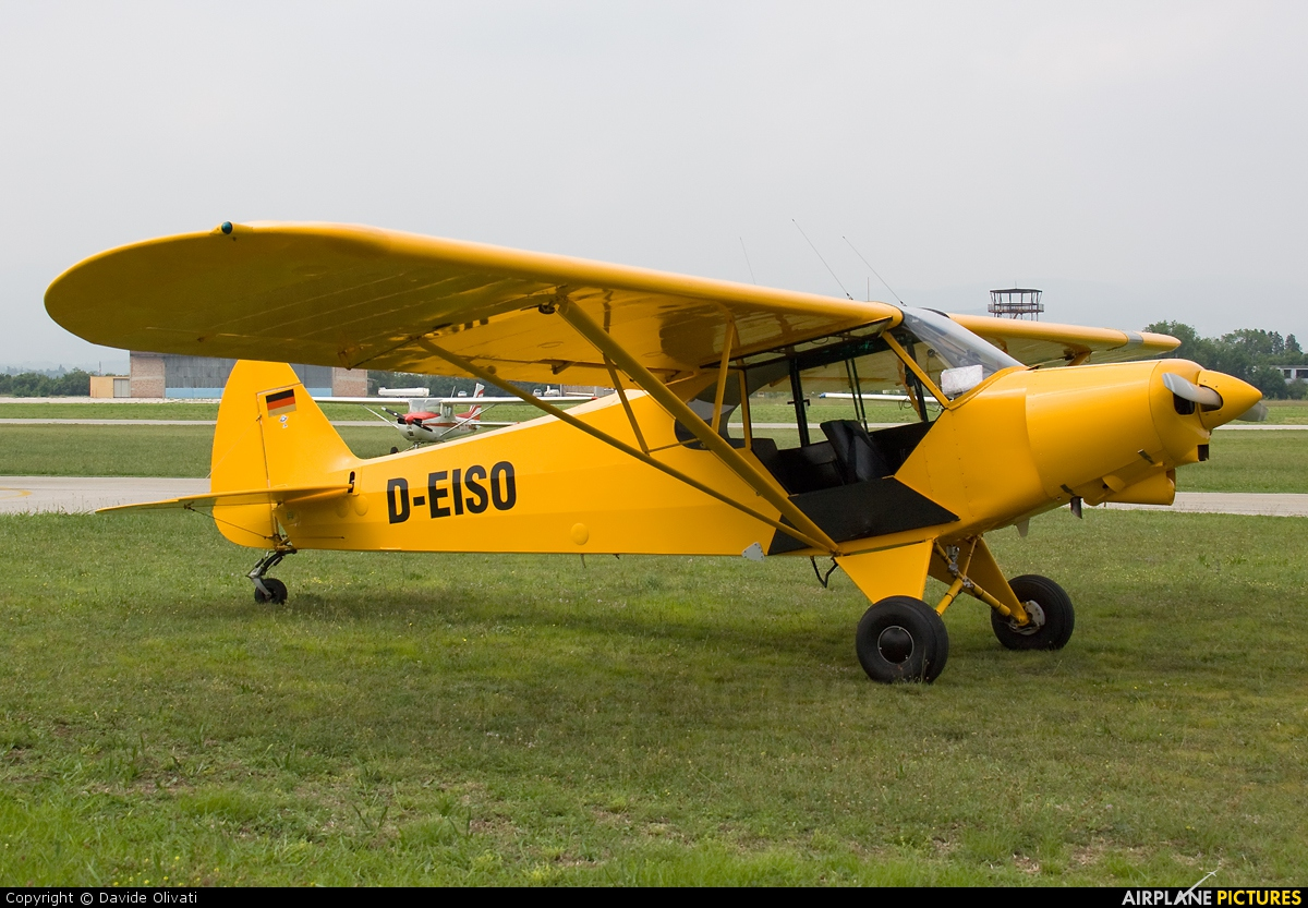 Private D-EISO aircraft at Verona - Boscomantico