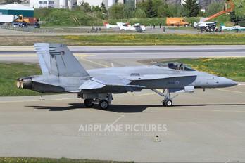 HN-449 - Finland - Air Force McDonnell Douglas F-18C Hornet