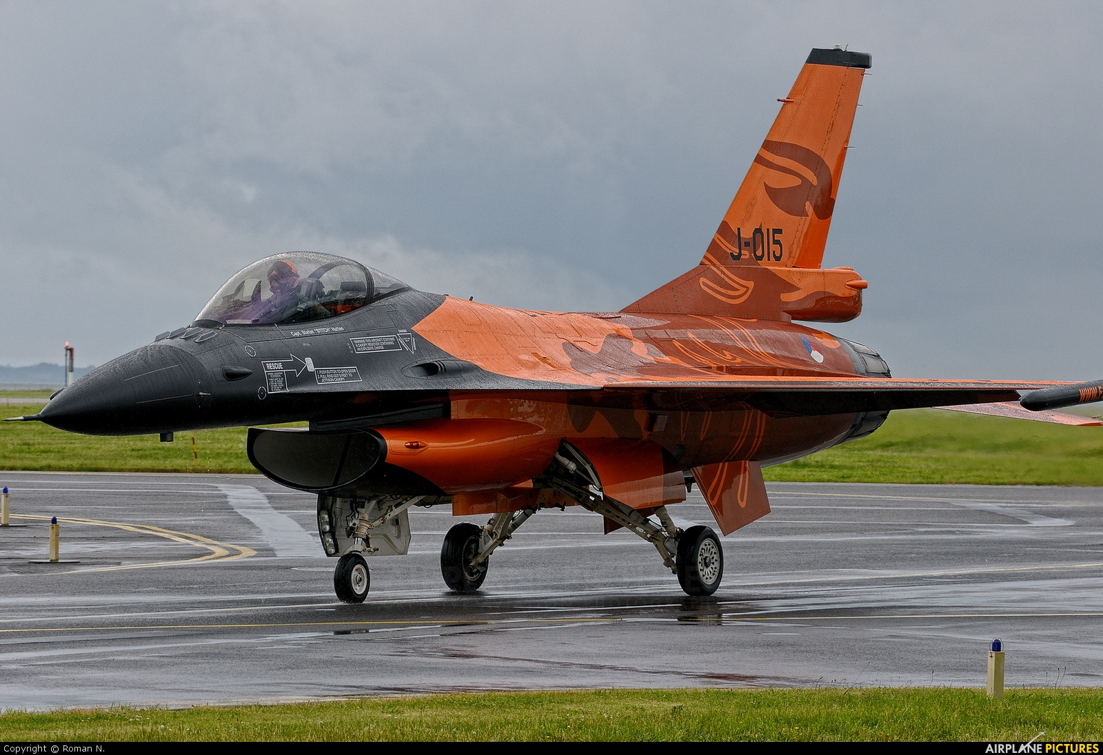 Netherlands - Air Force J-015 aircraft at Aalborg