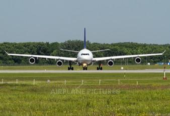 D-AIGU - Lufthansa Airbus A340-300
