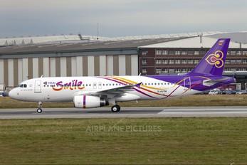 D-AVVM - Thai Smile Airbus A320