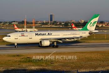 EP-MNS - Mahan Air Airbus A300