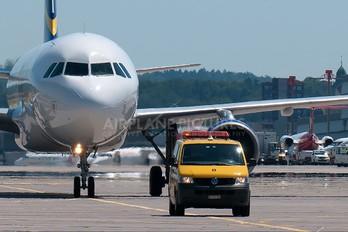 HB-JIZ - Hello Airbus A320