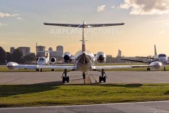 LV-OEL - Macair Jet Learjet 25