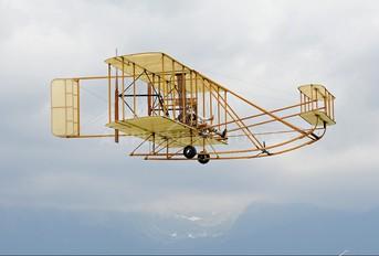 - - Slovensky Narodny Aeroklub Wright Brothers Wright Flyer