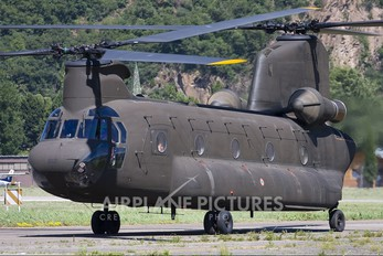 MM80834 - Italy - Army Boeing CH-47C Chinook