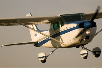 LV-MBD - Private Cessna 172 Skyhawk (all models except RG)