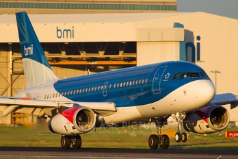 G-DBCC - BMI British Midland Airbus A319