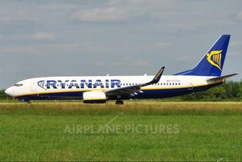 EI-EVK - Ryanair Boeing 737-800