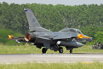 90-0777 - USA - Air Force General Dynamics F-16D Fighting Falcon