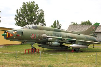 01 - Hungary - Air Force Sukhoi Su-22M-3