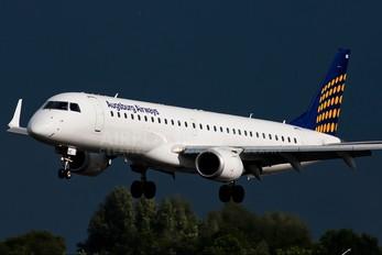 D-AEME - Augsburg Airways - Lufthansa Regional Embraer ERJ-195 (190-200)