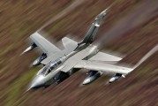 ZA395 - Royal Air Force Panavia Tornado GR.4 / 4A aircraft