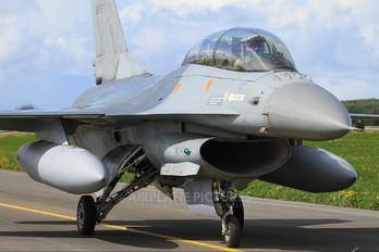 FB-15 - Belgium - Air Force General Dynamics F-16B Fighting Falcon