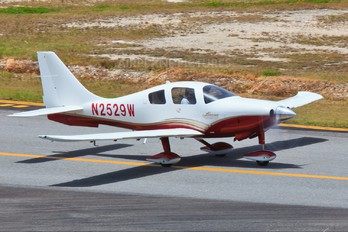 N2529W - Private Columbia Aircraft LC41 Columbia 400