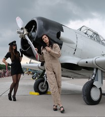 - - - Aviation Glamour - Aviation Glamour - People, Pilot