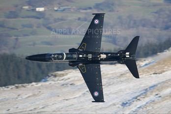ZK014 - Royal Air Force British Aerospace Hawk T.2
