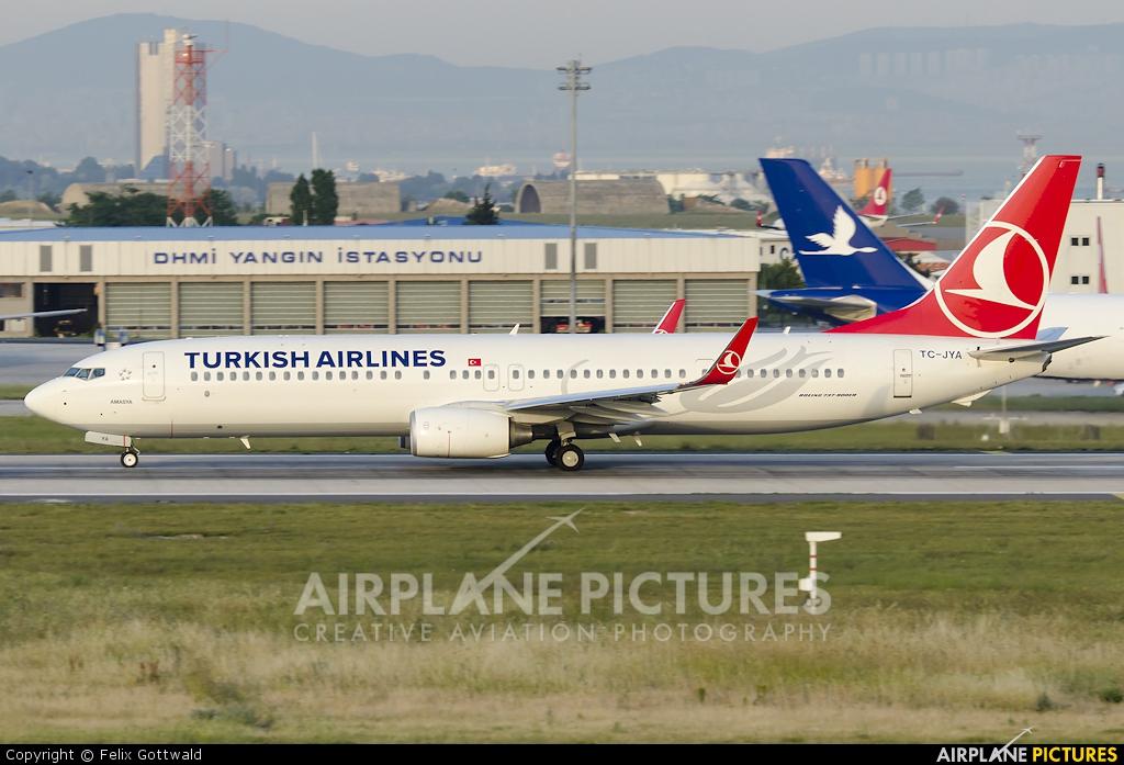 Turkish Airlines TC-JYA aircraft at Istanbul - Ataturk