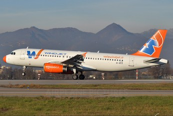 EI-ELG - Windjet Airbus A320