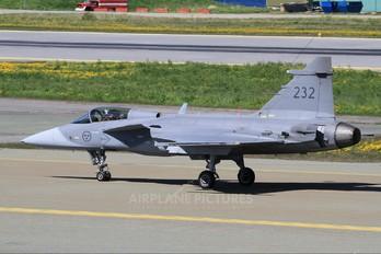 39232 - Sweden - Air Force SAAB JAS 39C Gripen