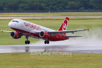 D-ABDQ - Air Berlin Airbus A320