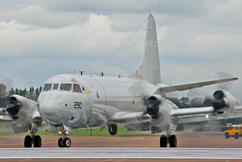 163290 - USA - Navy Lockheed P-3C Orion