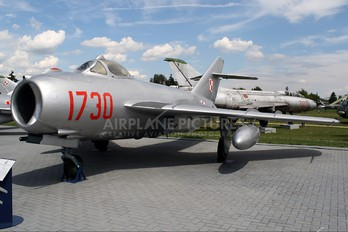 1730 - Poland - Air Force PZL Lim-5