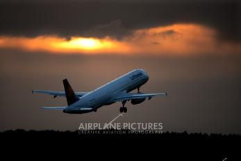 D-AISQ - Lufthansa Airbus A321