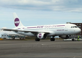 LY-VEY - WOW Air Airbus A320