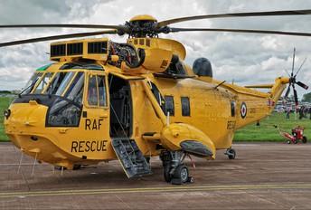 ZA105 - Royal Air Force Westland Sea King HAR.3